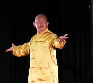 Qi Gong Master and Healer Zhou Ting-Jue